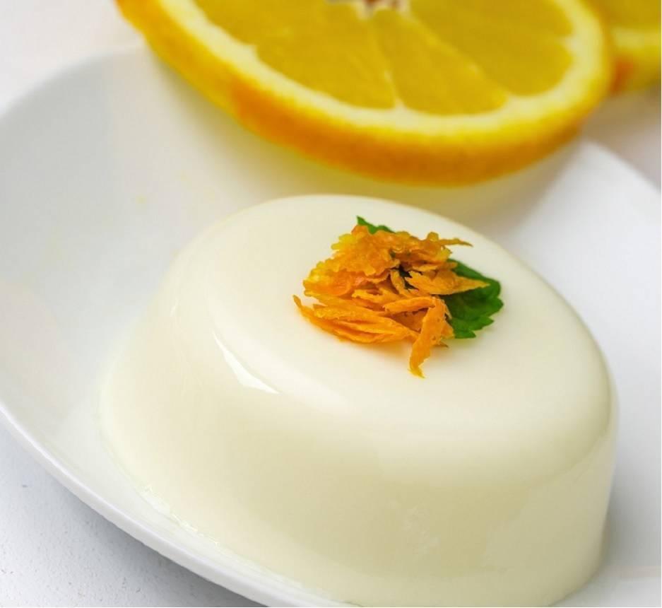 Bavarese alla camomilla e arance