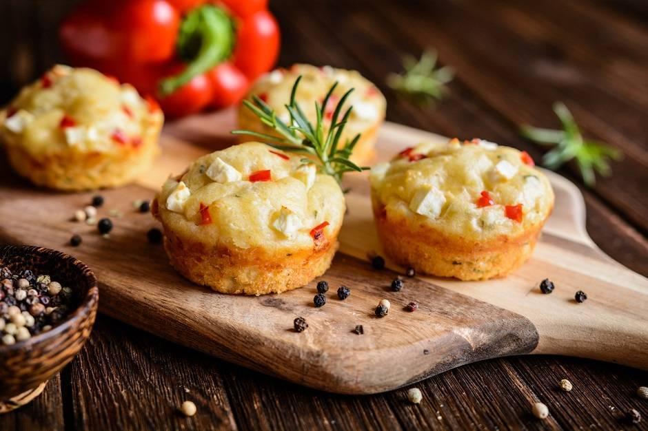 muffin peperoni e formaggio