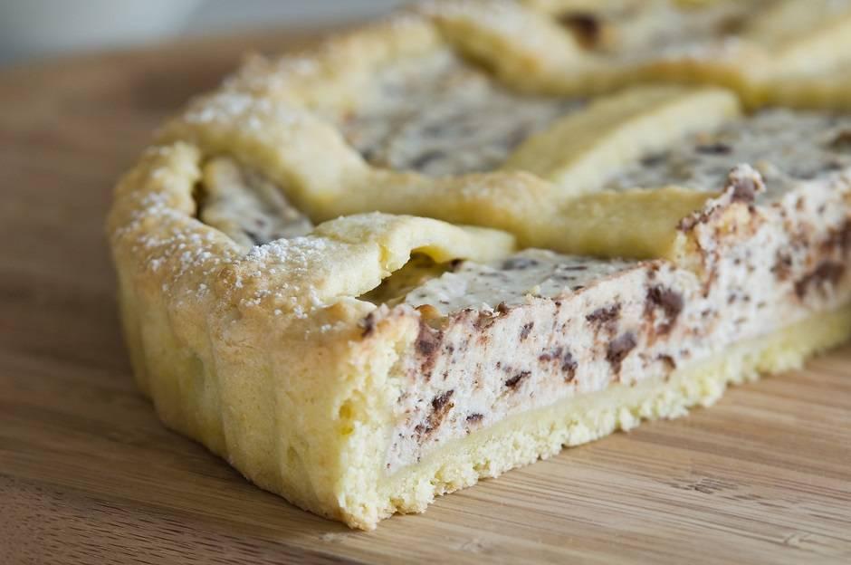 Crostata vegana con ricotta e cioccolato
