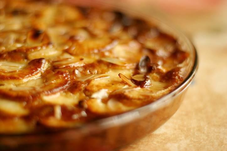 crostata di mele con mandorle