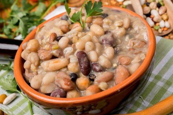 Zuppa di legumi una ricetta deliziosa