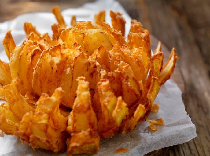 fiore di cipolla fritto