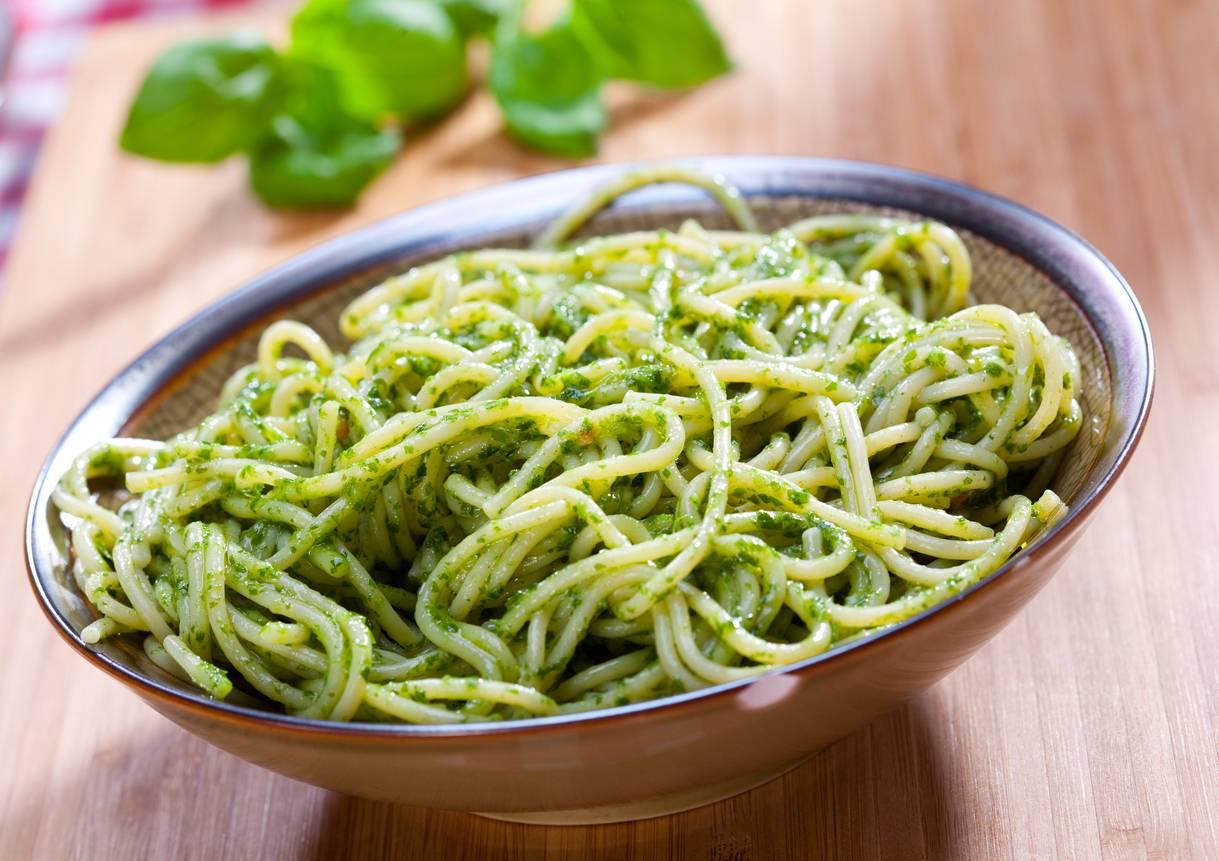 Pasta con Pesto di Rucola e Gorgonzola