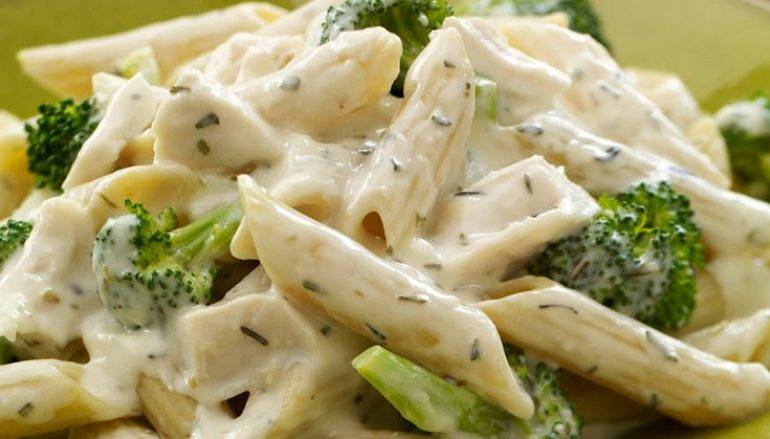 Pasta con broccoli e crescenza ottimo per tutti i giorni for Ricette per tutti i giorni della settimana