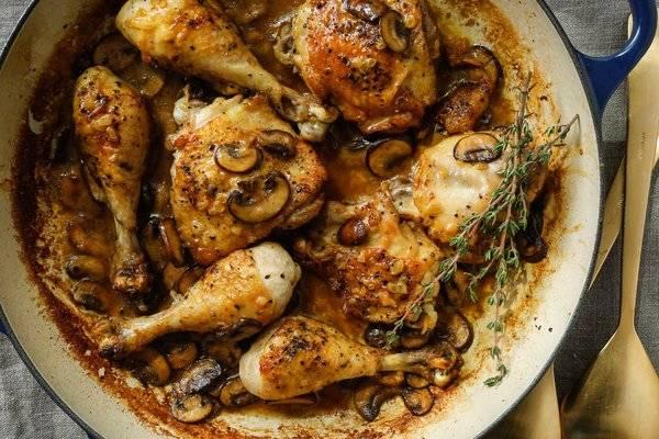 Cosci di pollo con funghi