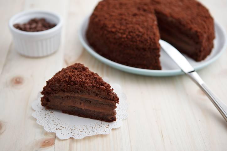 sbriciolata al cioccolato fondente con crema di nocciole