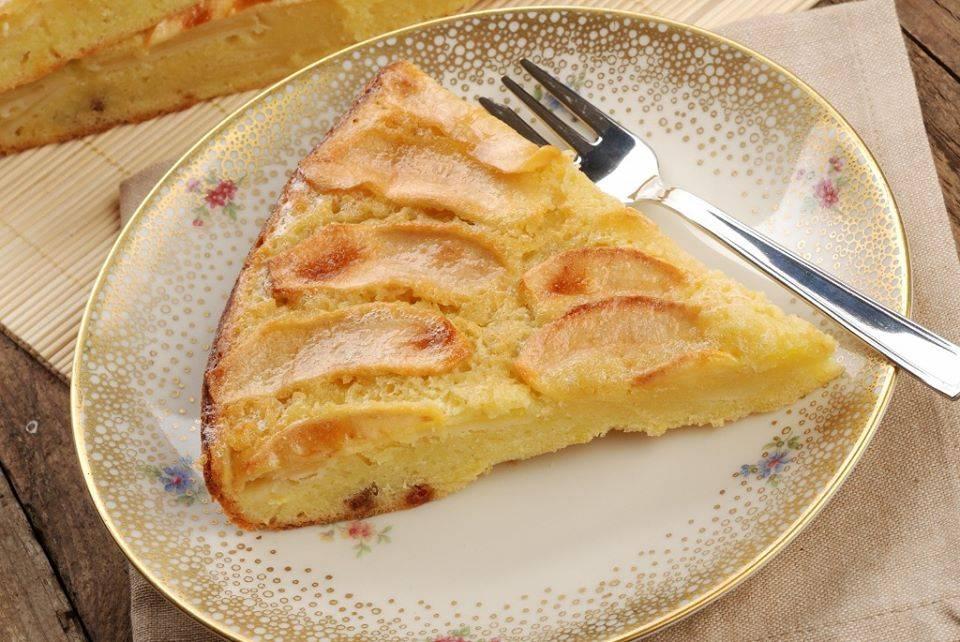 torta di mele al latte di mandorla