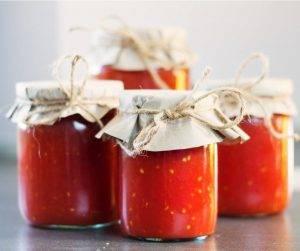 conserva di pomodoro fatta in casa
