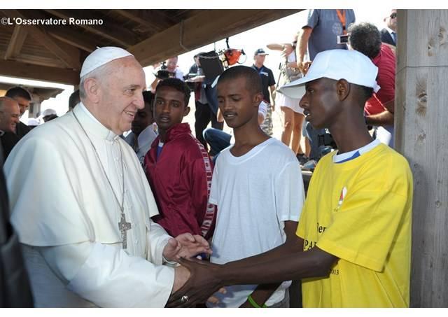 Visita del Papa in Sicilia, a pranzo solo migranti regolari