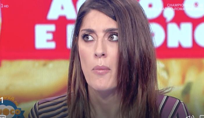 Elisa Isoardi mangia l'aglio in diretta - Raiplay Ufficiale