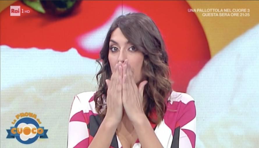 Elisa Isoardi a La Prova del Cuoco - Twitter Ufficiale