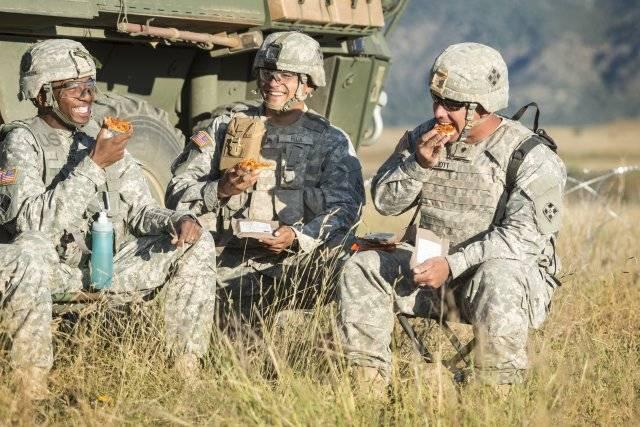 MRE Pepperoni, il pasto dei soldati americani - US Army Credits