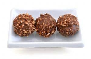 Palline di cioccolato con nocciola