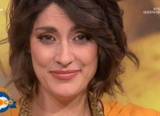 """Elisa Isoardi risponde alle critiche: """"Ma chi se ne frega"""""""