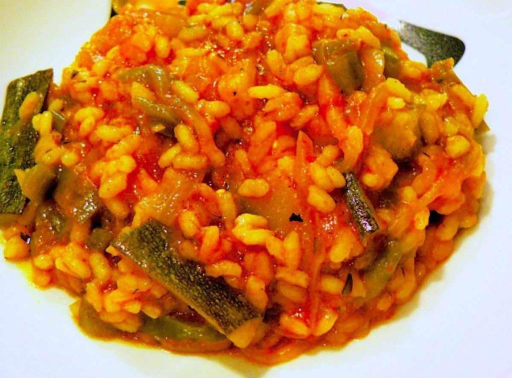 risotto con zucchine centenari e pomodoro