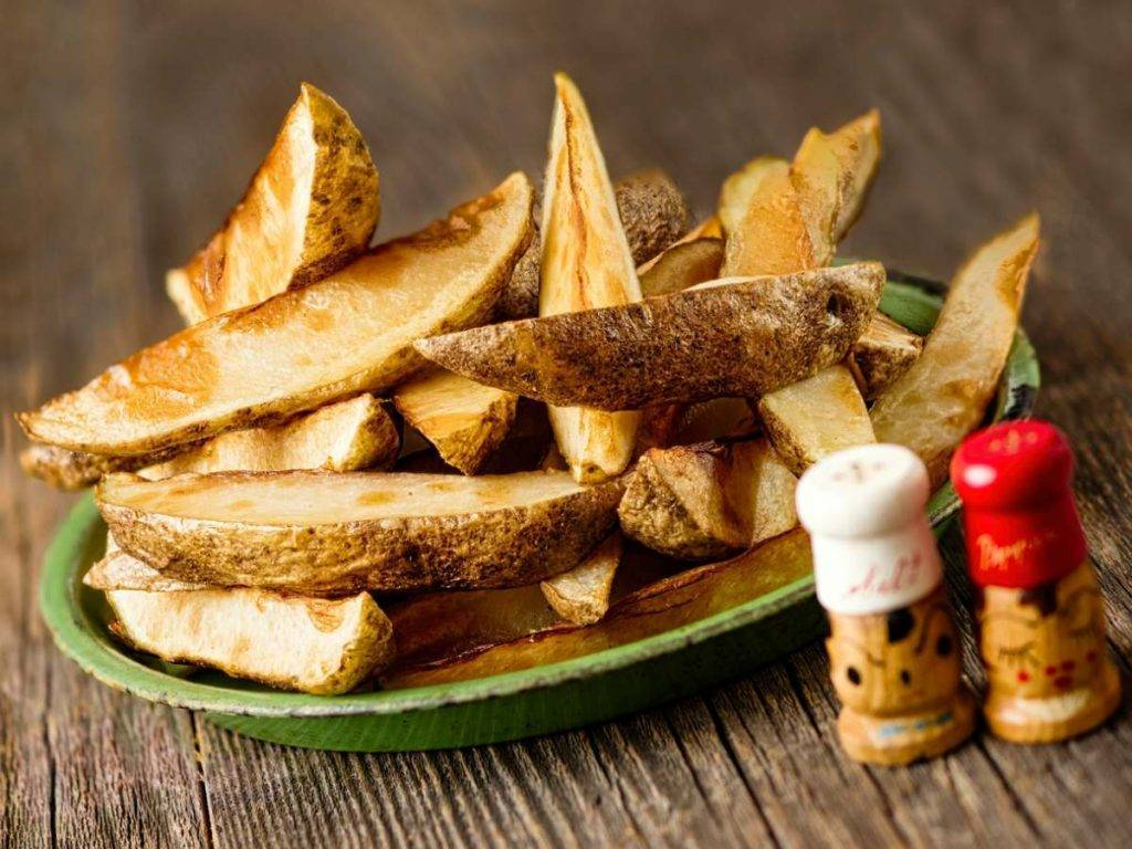 patate fritte con la buccia