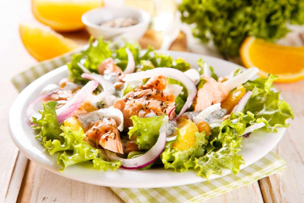 insalata di salmone - ricettasprint.it