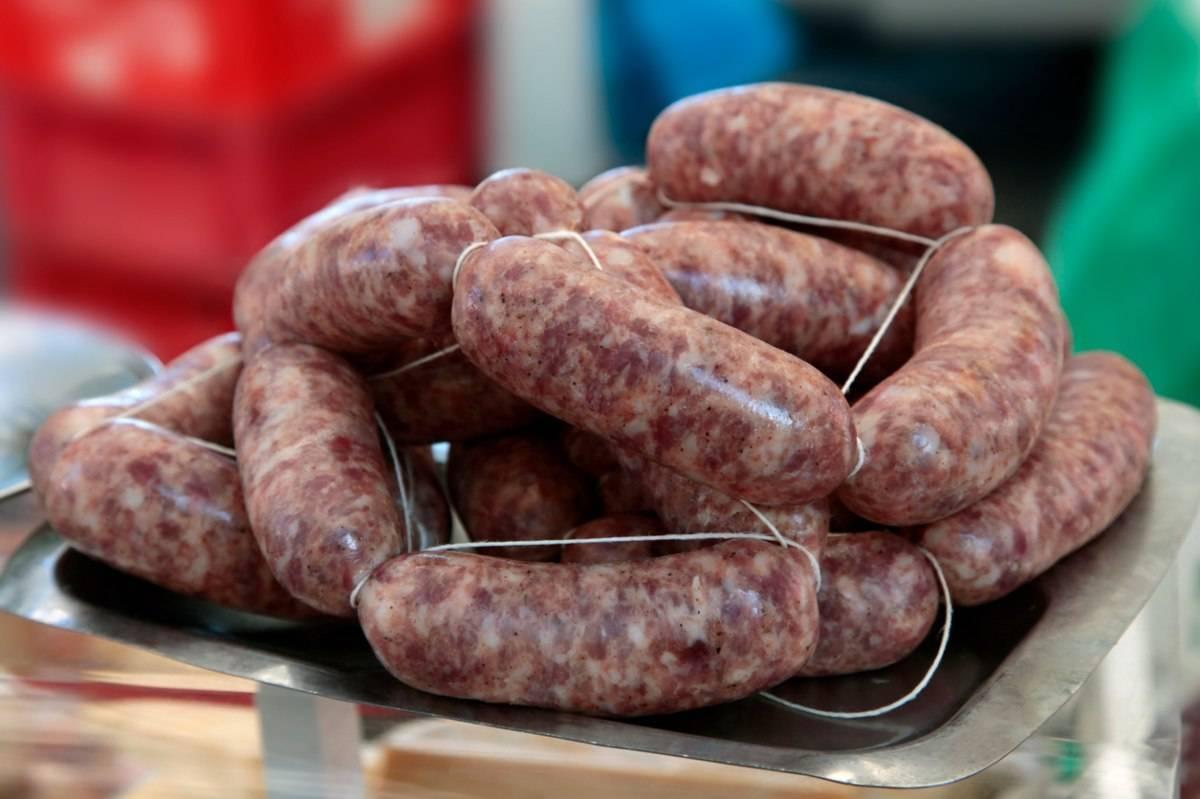 Salsicce richiamate per rischio salmonella