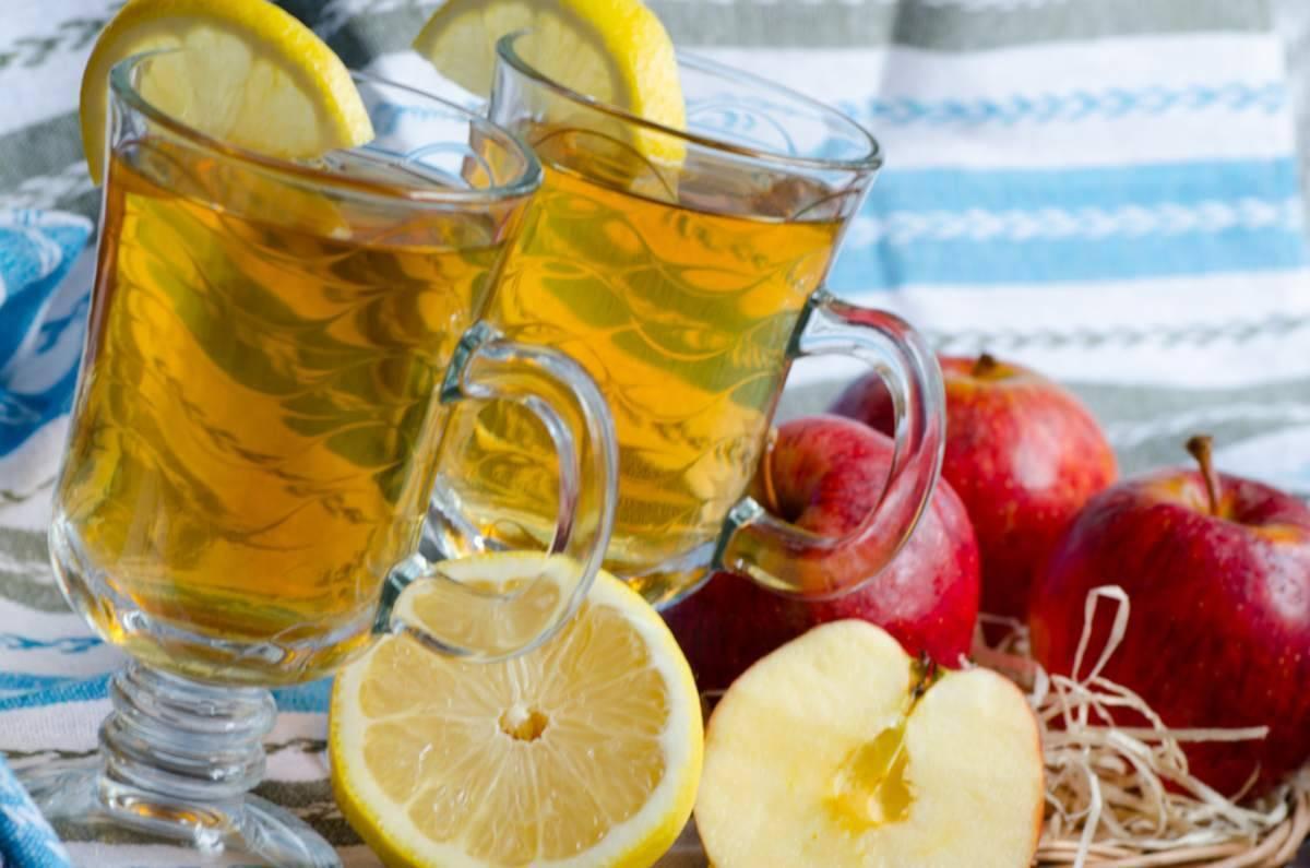 bevanda detox mela zenzero e limone - ricettasprint.it