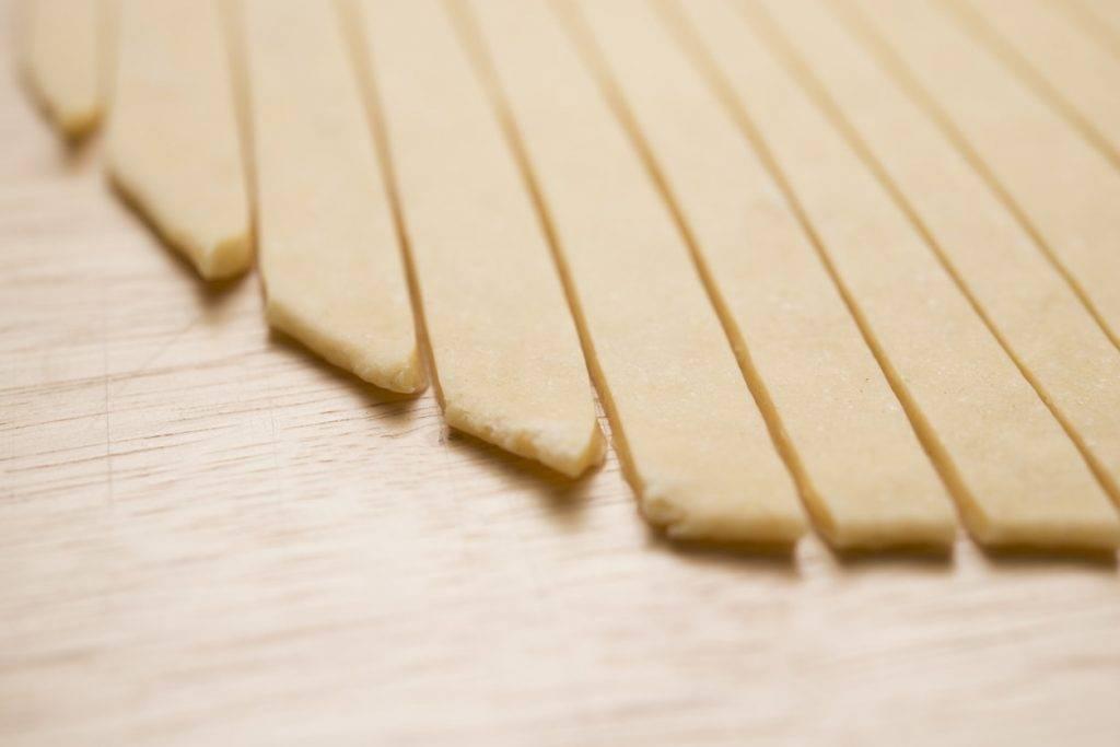 Tagliare pasta