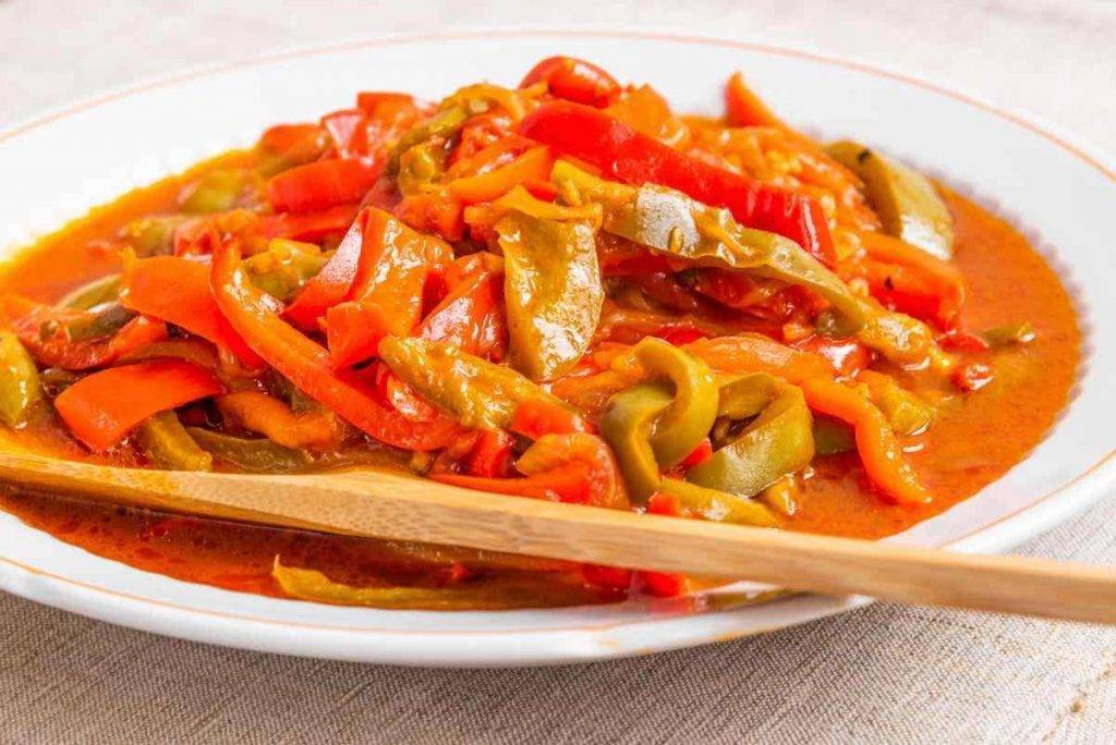 Peperonata senza aglio