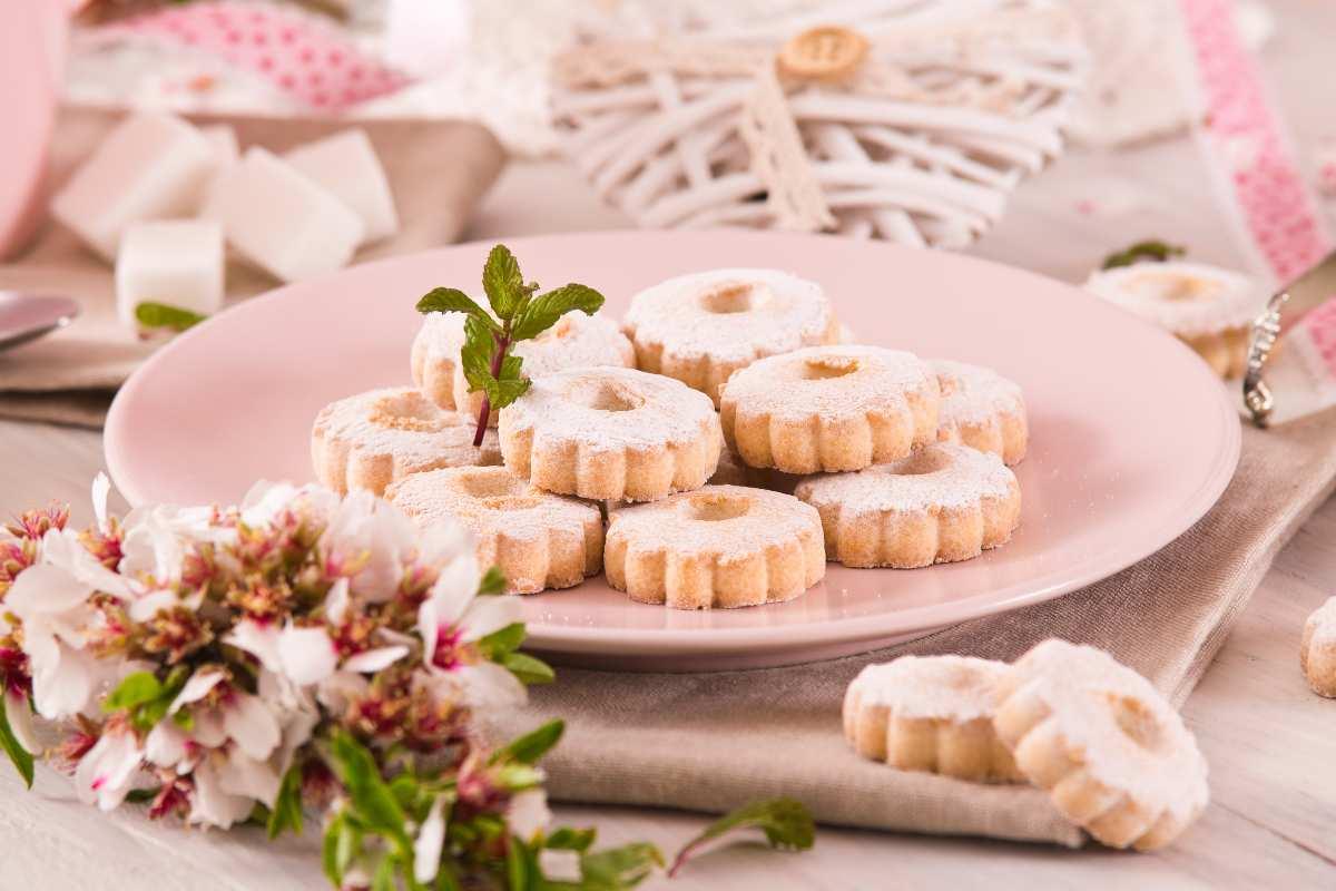 Biscotti dolce nuvola al burro - ricettasprint.it