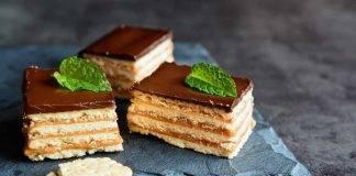 Torta furba di biscotti e cioccolato - ricettasprint.it