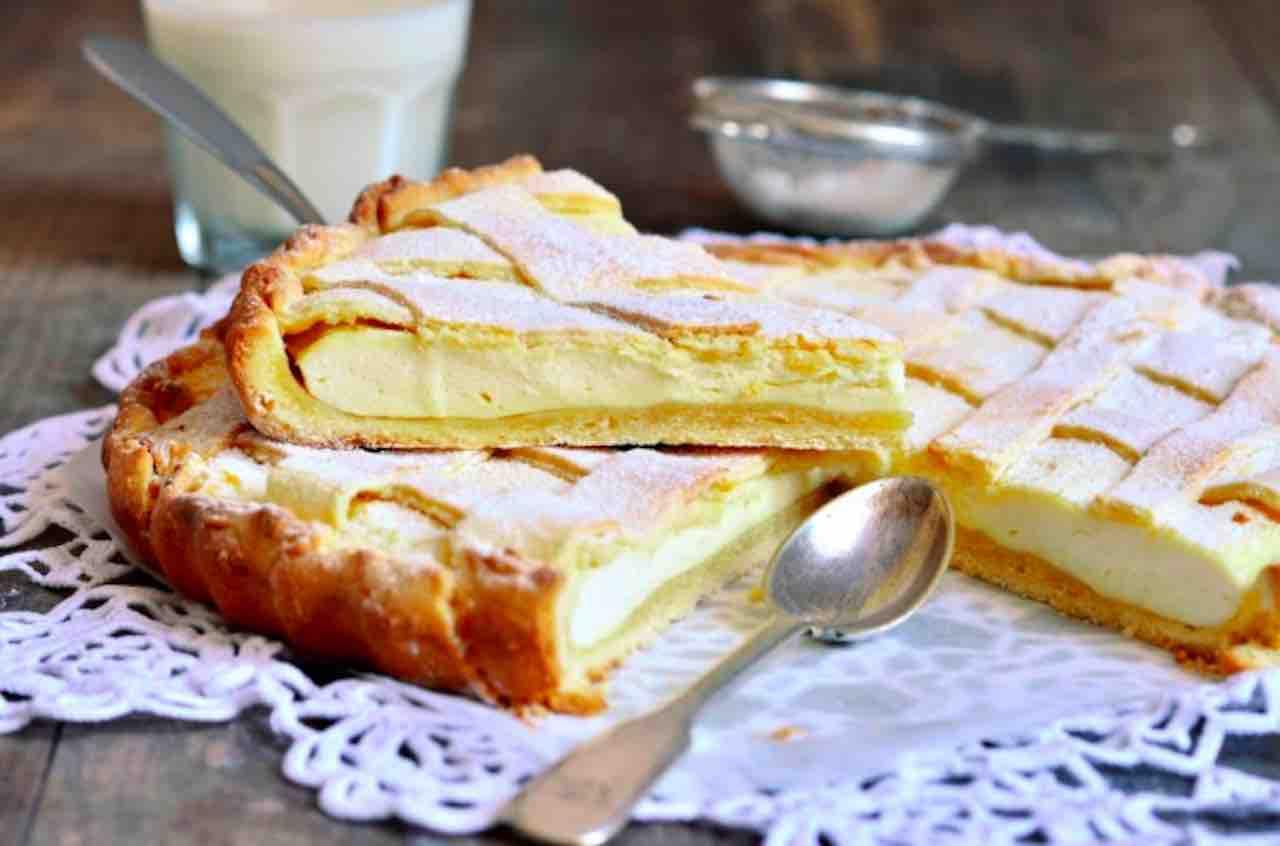 Crostata morbida con crema pasticcera al limone