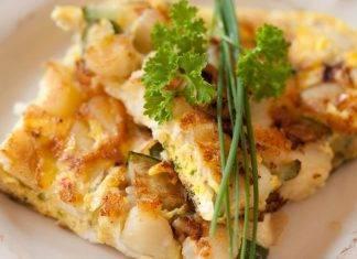 Frittata di zucchine e patate ripiena con asiago