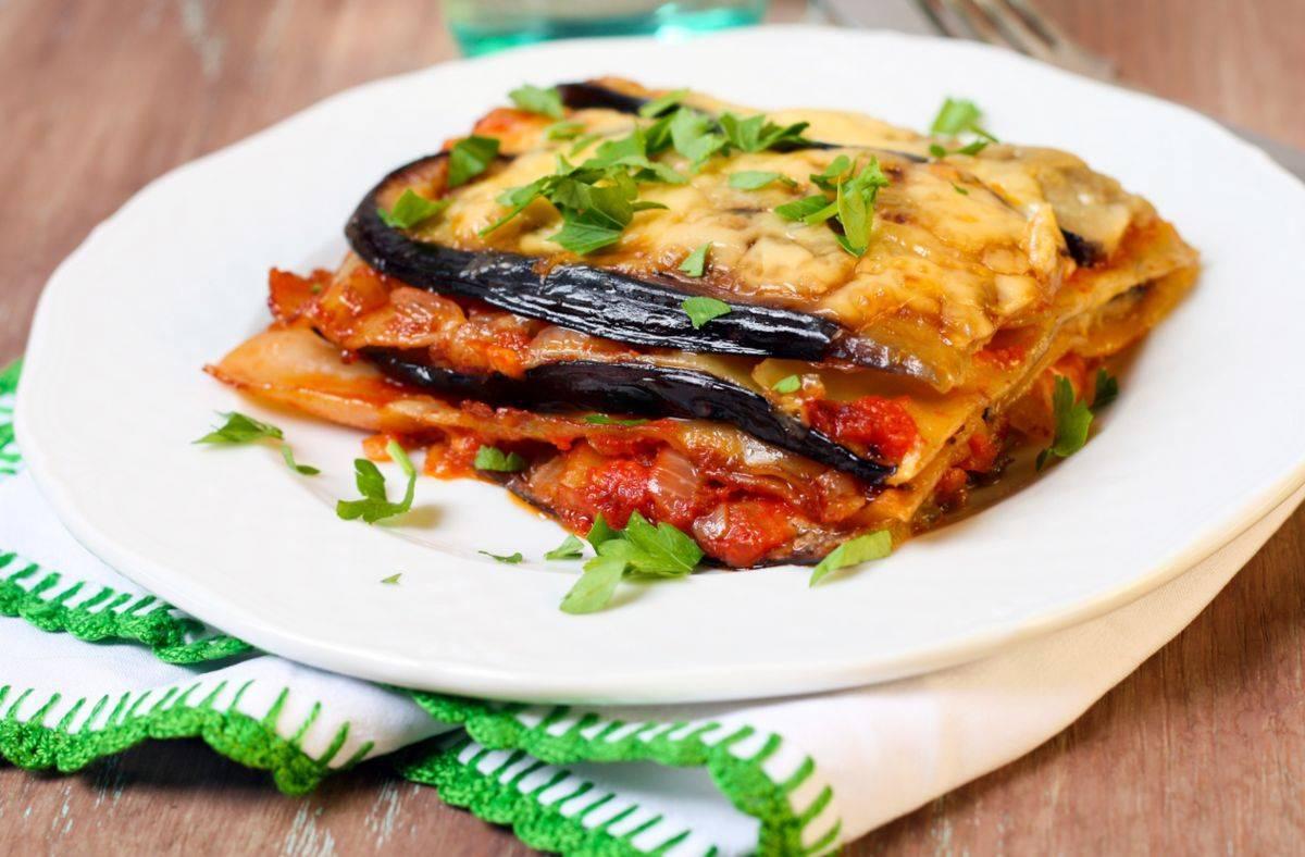 Lasagne con melanzane e scamorza al pomodoro