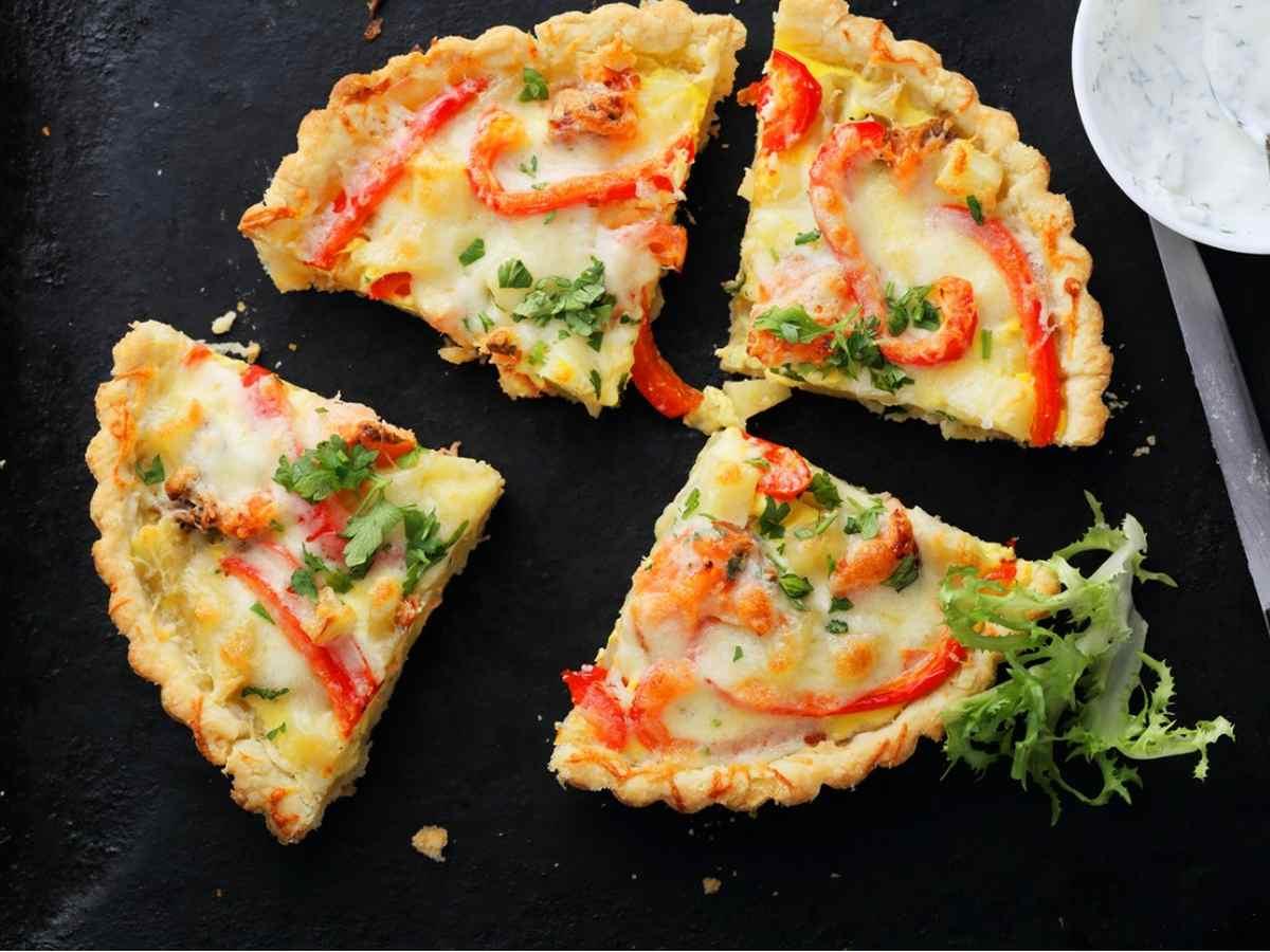 Torta salata con verdure miste e mozzarella