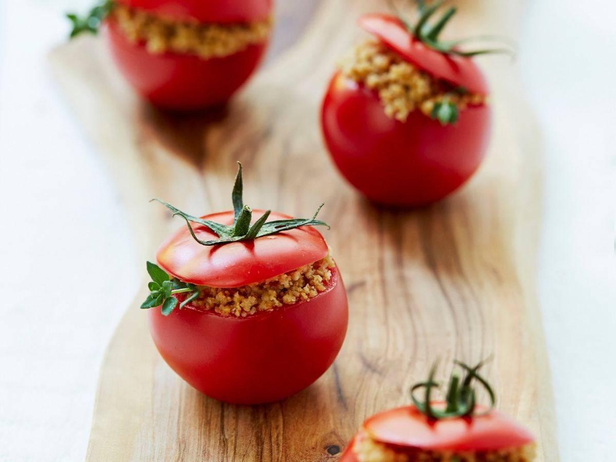 Pomodori ripieni di panzanella