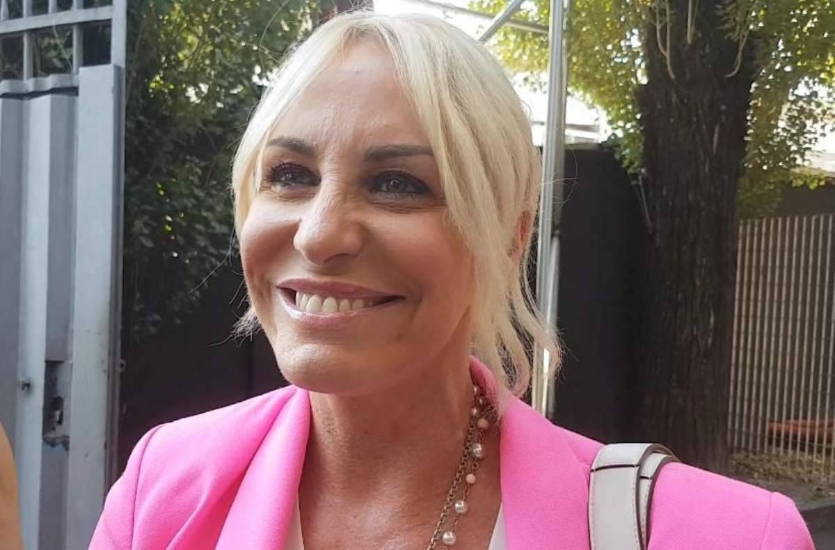 """Antonella Clerici distrutta dalle critiche: """"Saresti da rottamare"""" - FOTO"""