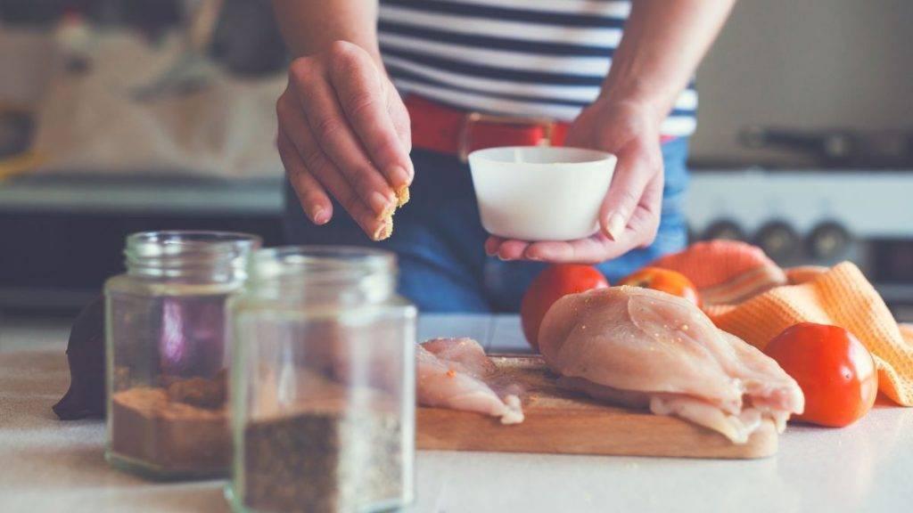 Come cucinare il petto di pollo, ricette facili - ricettasprint.it
