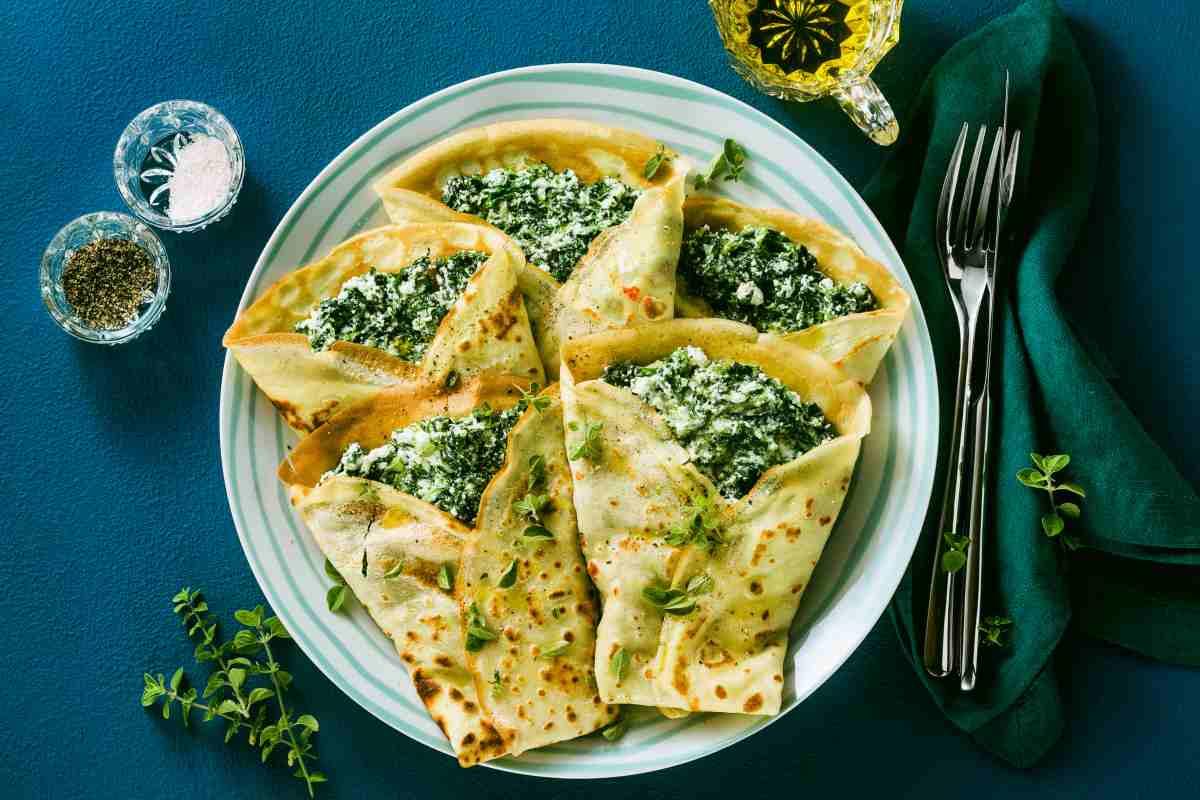Crespelle salate alla ricotta speck e spinaci - ricettasprint.it