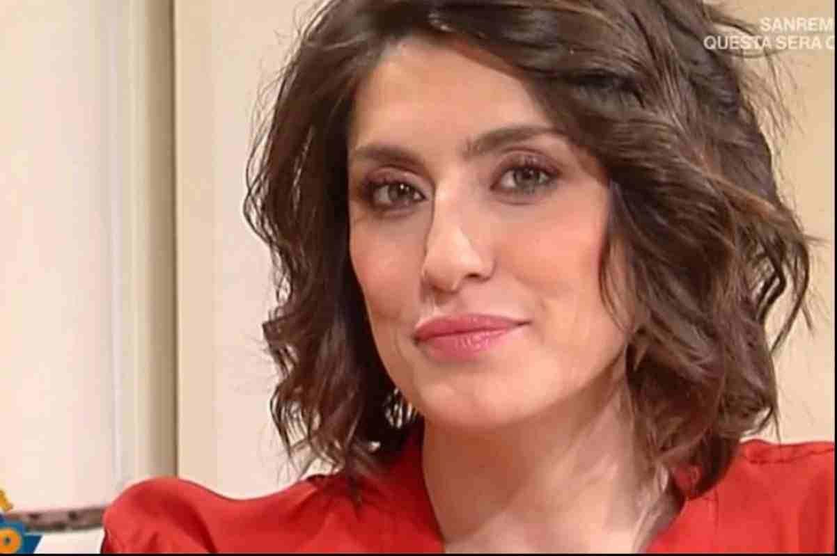 Elisa Isoardi bacchettata dai fan - ricettasprint.it