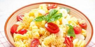 Pasta fredda Pomodoro e Mozzarella - Ricettasprint.it