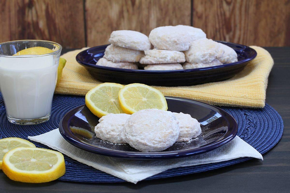Biscotti al limone freddi