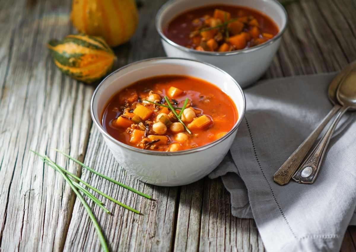 zuppa di zucca e ceci con farro - ricettasprint.it