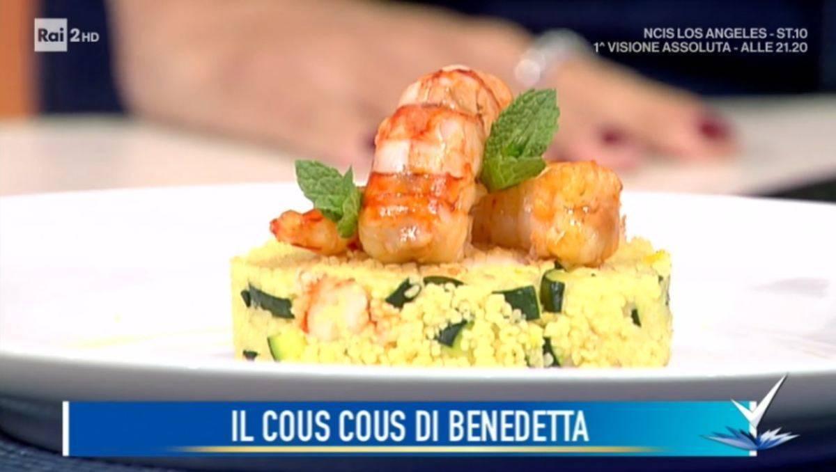 Cous Cous gamberi e zucchine al profumo d'arancia di Benedetta Parodi - ricettasprint.it