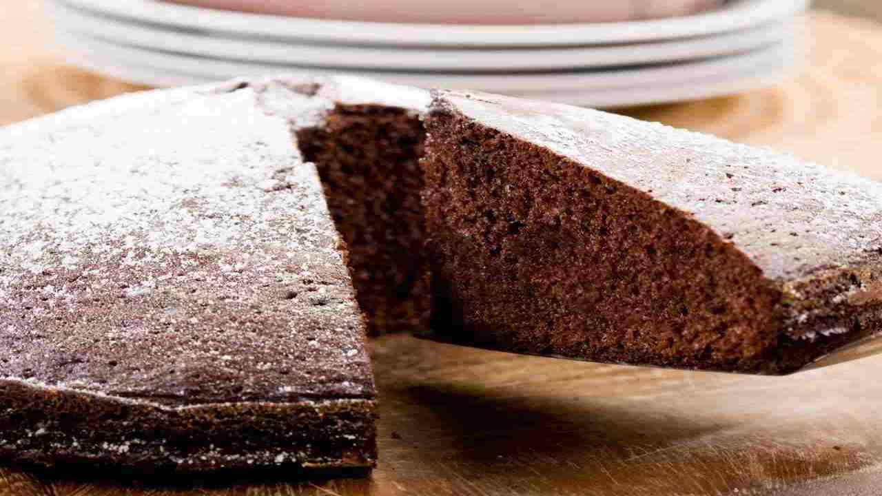 Torta con farina di castagne ed albumi