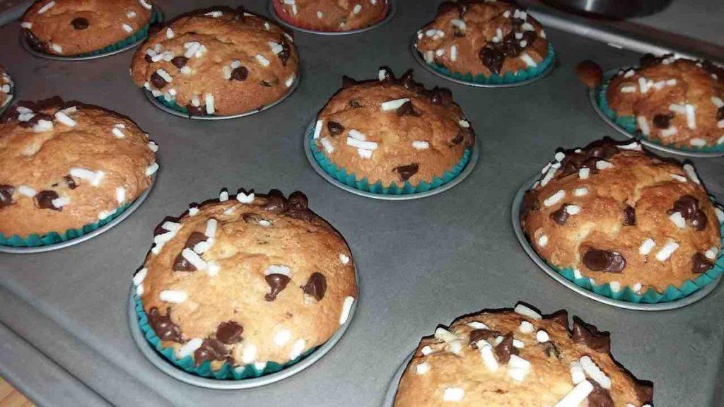 muffin con gocciole di cioccolato e yogurt