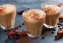 Bicchierini di mousse al caffè