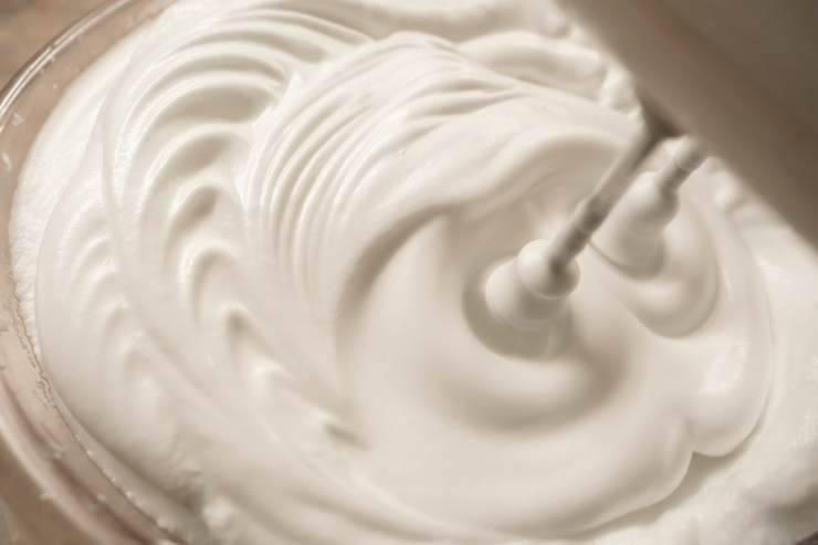 Amaretti morbidi al cacao e mandorle - ricettasprint