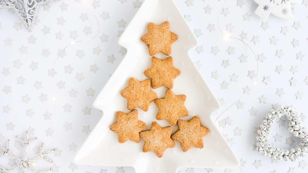 Biscotti di farina di mais natalizi - ricettasprint