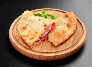 Calzoni Pomodoro e Mozzarella