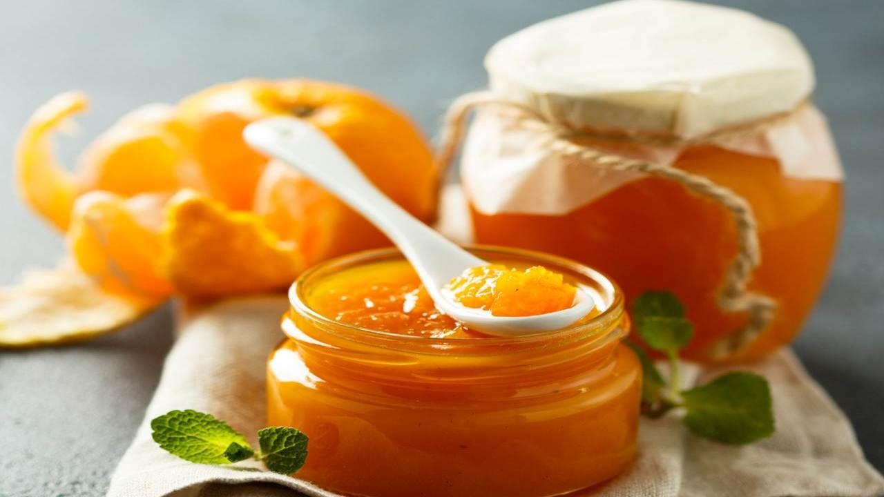 Marmellata di mandarini con zenzero e cannella