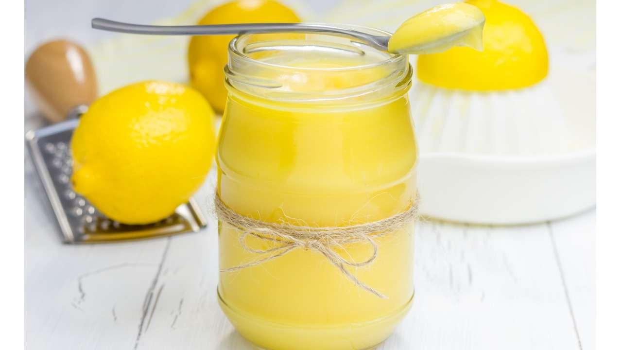 Crema al limone senza burro latte e uova