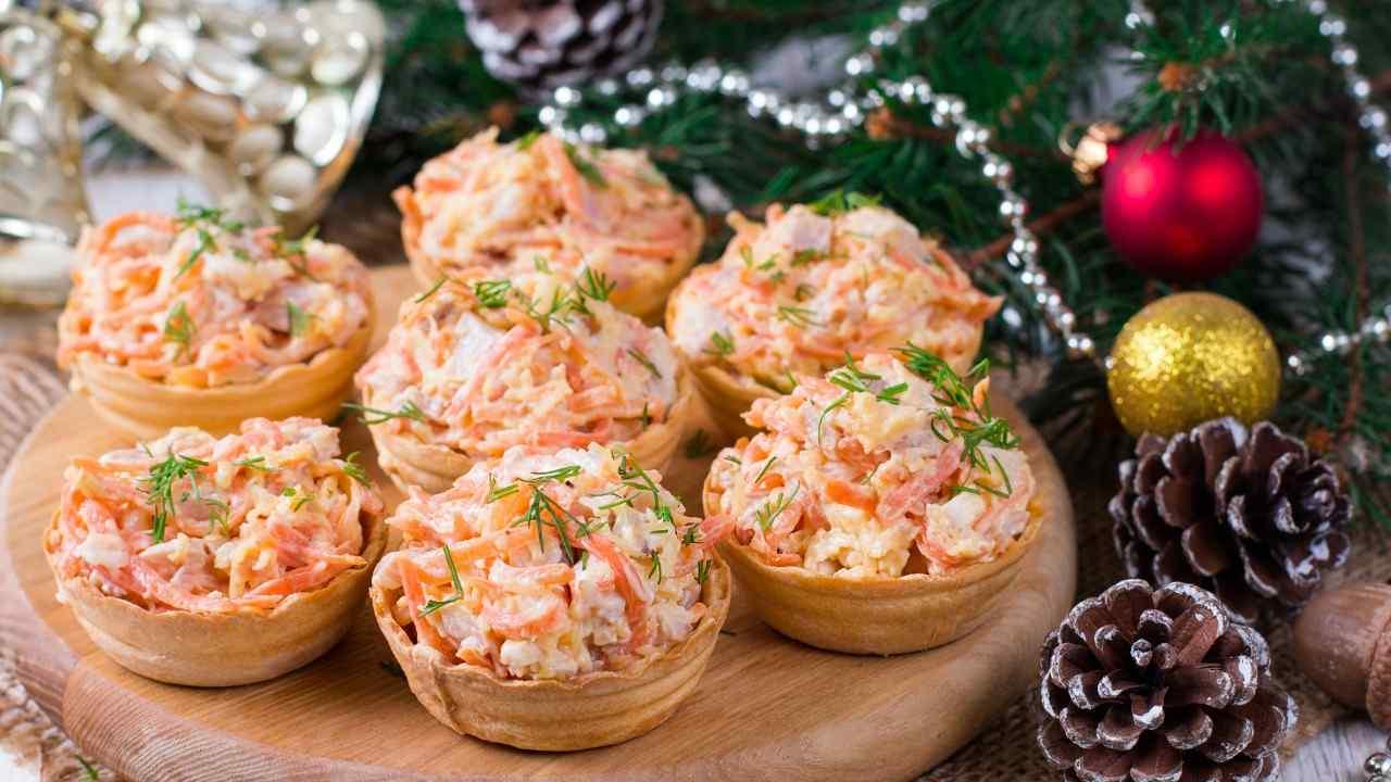 Antipasti Di Natale Con Il Salmone.Cestini Ripieni Di Salmone Un Antipasto Natalizio Gustoso