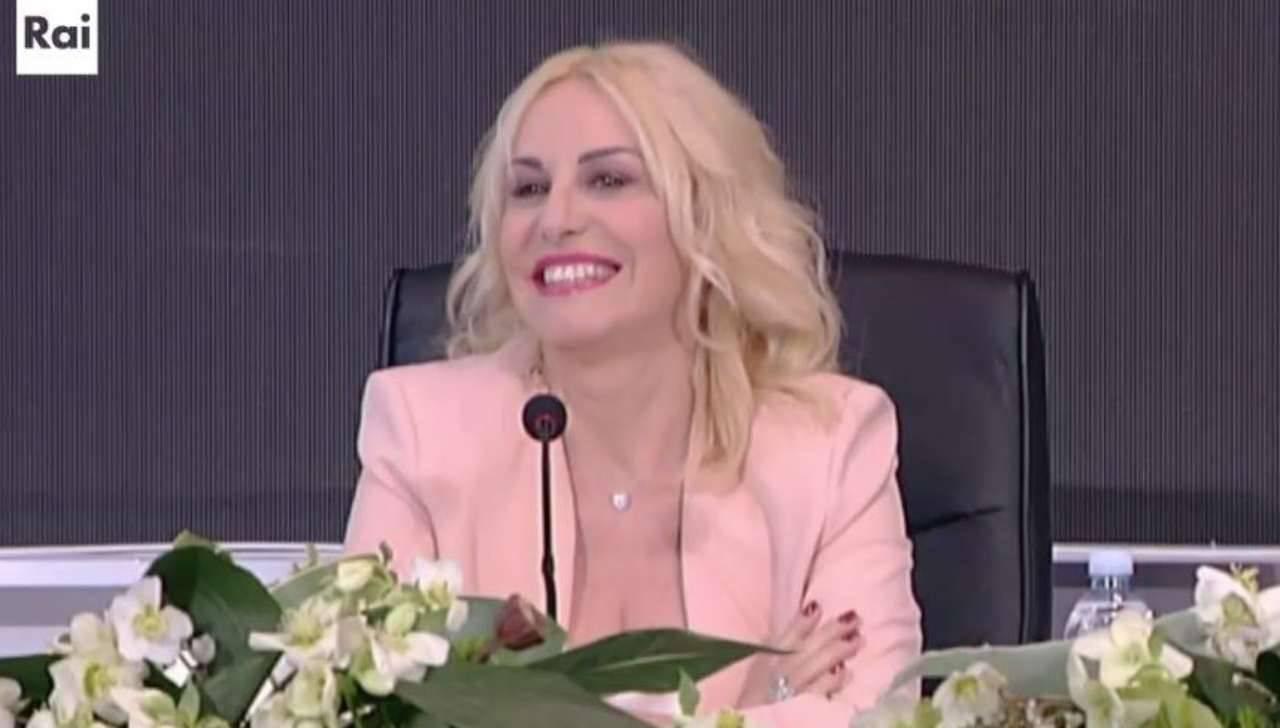Antonella Clerici consigli di look Diletta Leotta FOTO - ricettasprint